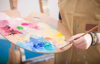 [카드뉴스] 사회적 위기 겪은 시민을 위한 사회적 예술치유 사업 확대 운영