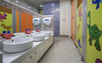 [카드뉴스]더럽고 불편한 학교 화장실 2020년까지 완전 퇴출