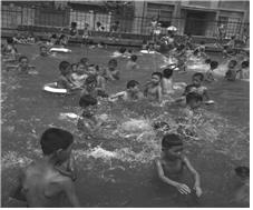 1963.8.3 묵정동 어린이 수영장